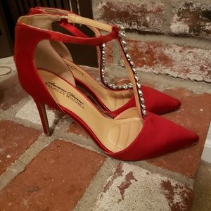 Badgley Mischka American Glamour red heels